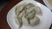 Dumpling gekocht mit Gemüsefüllung (schlotzig)