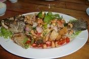 Frittierter Fisch mit Thai Kräutern (unbeschreiblich lecker)