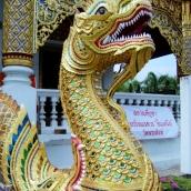 Die goldenen Wächter vor den Wats