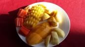 großer Obstteller (Banane, Mango, Ananas, Wassermelone, Apfel)