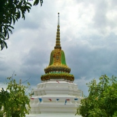 Der Chedi vom Wat Poramai Yikawat