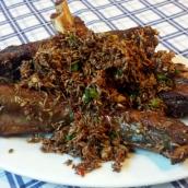 Knusprige frittierte Rindfleischrippchen mit ganz viel Kreuzkümmel, da kann man gar nicht mehr aufhören zu essen.