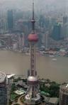Blick auf den Oriental Pearl Tower von oben.
