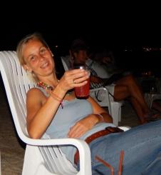 Ein leckerer Cocktail abends am Strand, das ist Urlaub!