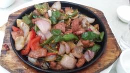 Rindfleisch mit Paprika und schwarzer Bohnen Sauce