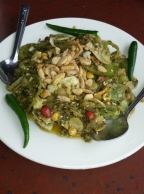 Teeblattsalat, gibt es nur in Myanmar.
