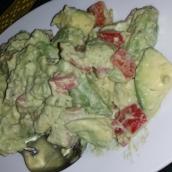 Avocado Salat mit Tomaten