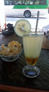 Zitrone mit Ingwer und Honig