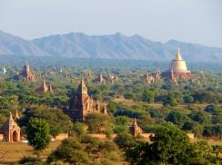 Stupas bis zum Horizont