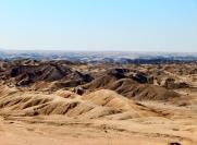 Aussichtspunkt über die Mondlandschaft, das Tal des Swakop Rivier.