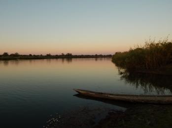Immer am Kavango River lang durch den Caprivi- Streifen.