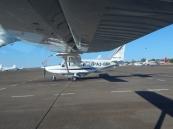 Unsere kleine Maschine für den Flug über das Okawango Delta. Die Hälfte des einstündigen Fluges hatte ich mit meinem Magen zu kämpfen. Trotzdem tolle Fotos.