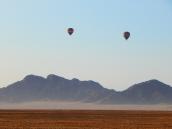 Am Morgen steigen die Balloons auf.